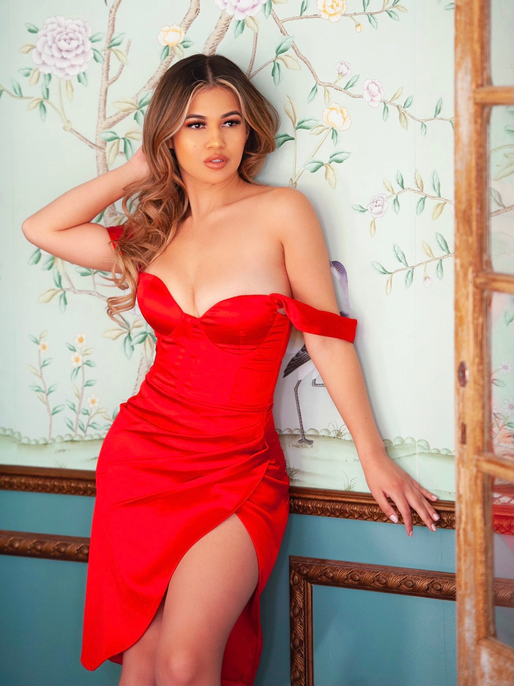 Red sweetheart neckline ruched draping sleeve satin corset dress - EBALIDA