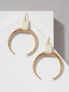Luca hammered gold crescent horn drop earrings - EBALIDA