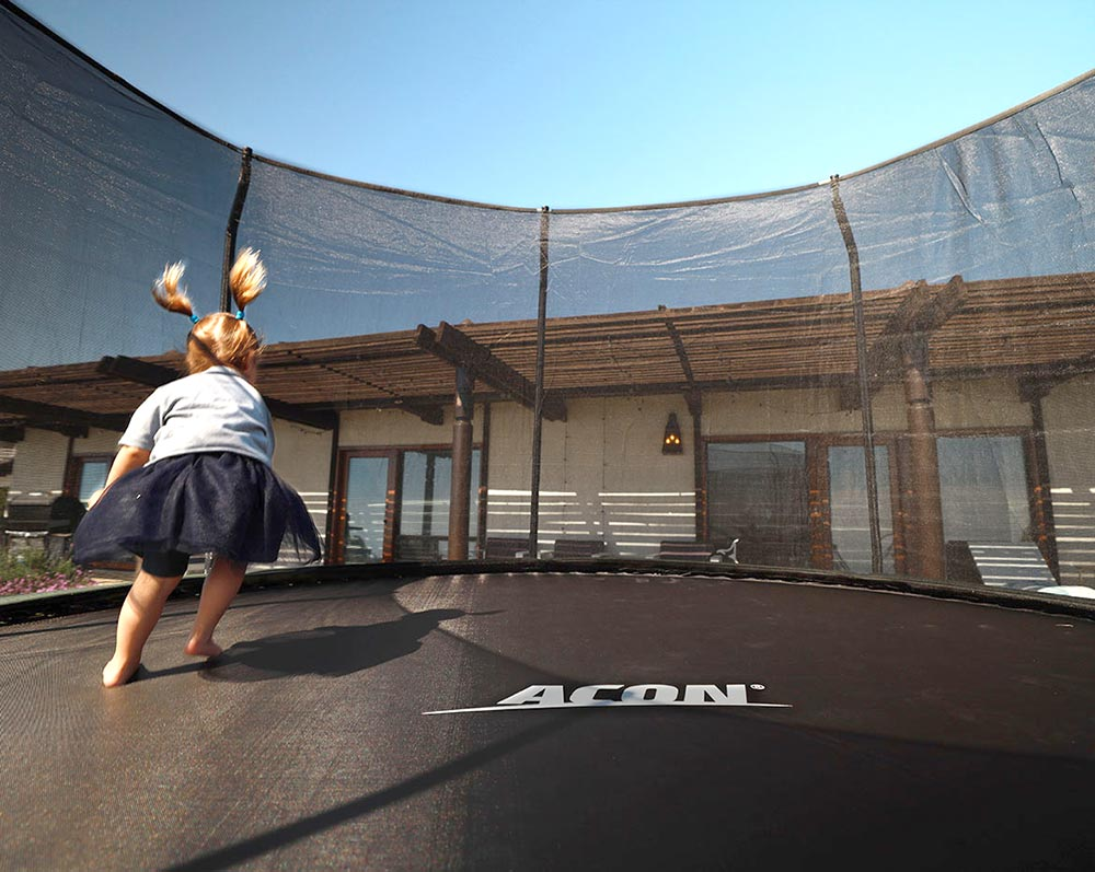Acon trampoline bouncer
