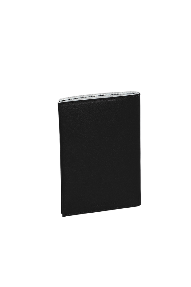 Passport Holder mit Monogramm