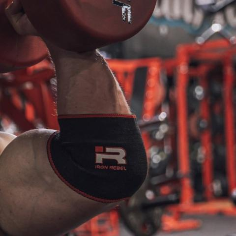 IRON REBEL® COMPRESSION ELBOW SLEEVES (BLACK/RED)