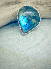 Load image into Gallery viewer, Oil on Water - Labradorite Statement Ring