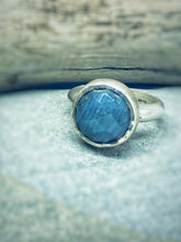 Load image into Gallery viewer, Blue Jean - Labradorite and Sterling Silver Ring