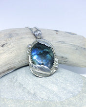 Load image into Gallery viewer, Flowing Leaves - Sterling Silver and Labradorite Pendant