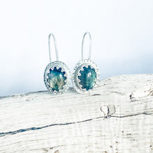 Load image into Gallery viewer, Labradorite Vintage Earrings