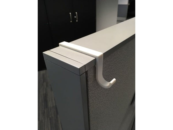 cubical hook