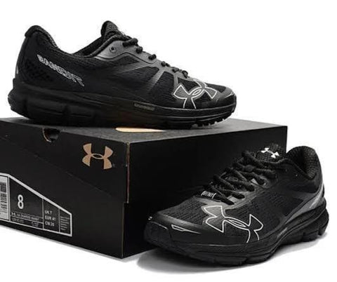UNDERARMOUR CHARGED BANDIL
