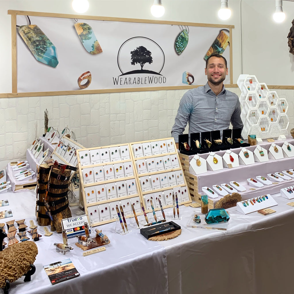 Wearable Wood Market Stand
