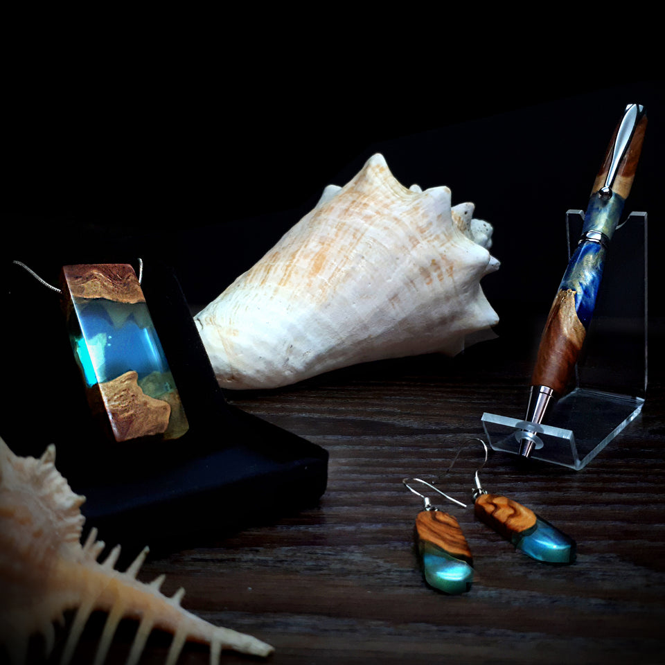 Ocean Blue Wood and resin jewellery