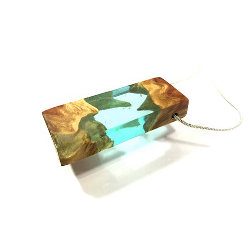 OCEAN BLUE - Lagoon - Quadrant - Resin Jewelry -  Necklace