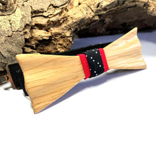 Load image into Gallery viewer, Ash-wood Bow Tie - Wearable Wood