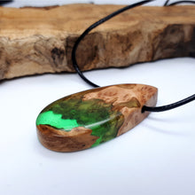 Load image into Gallery viewer, SEQUOIA - Pebble - Red Mallee - Wearable Wood