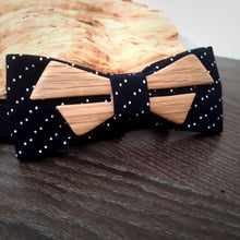 Load image into Gallery viewer, Ash Wood Bow Tie