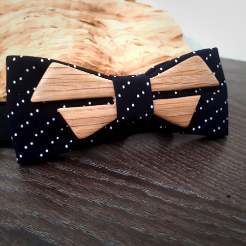 Ash Wood Bow Tie - Wearable Wood