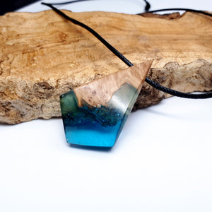 OCEAN BLUE - Dart - Red Mallee - Resin Necklace - Jewelry