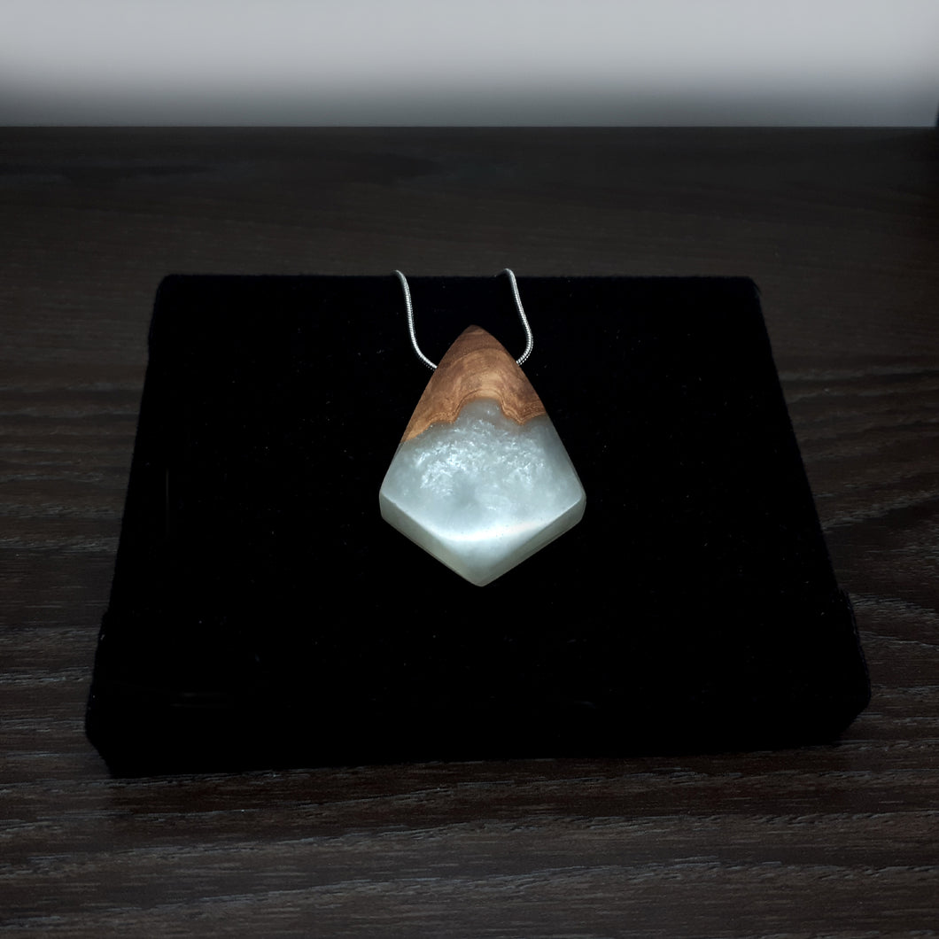 PEARL - Dart - Wood Resin Pendant