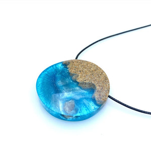 Wave Necklace - Ocean Sea Jewelry - Real Sand Necklace - Beach Resin Pendant - Surfer - Quartz Crystal - Wanderlust - Travel Wear - Sand - Ocean Star Pebble - Wearable Wood