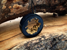 Load image into Gallery viewer, Geode Druzy Ring Gold Necklace - Resin Jewelry - Golden Pendant - Obsidian Black Gold - Crystal Hoop - Beton - Wearable Wood