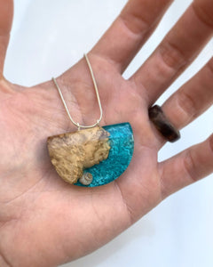 Real Seashell pendant Wood resin necklace