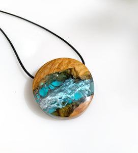 Boho Wood and Resin Jewelry - Round Surfer Necklace - Cactus Leaf Pendant - Ocean Star - Wearable Wood
