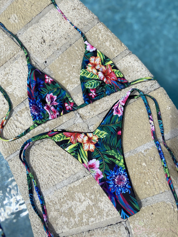 MAUI TRIANGLE TOP// MAUI CHEEKY TIE UP BOTTOM ( SET $58) - Berry Beachy Swimwear