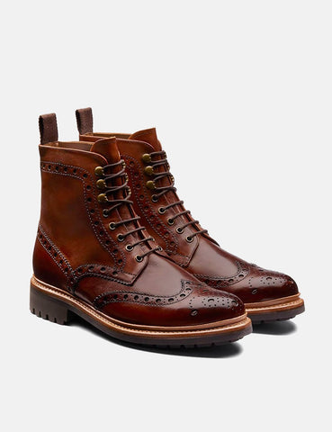 Grenson Fred Brogue Boot (handgemalt) - Tan