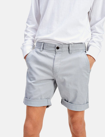 Tommy Jeans Wesentliche Chino-Shorts - Bleigrau