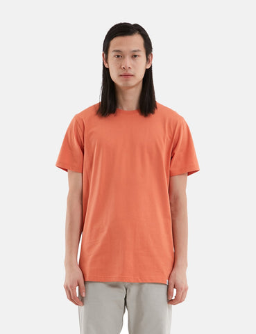 Norse Projects Niels Standard T-Shirt - Gebrannte Rot