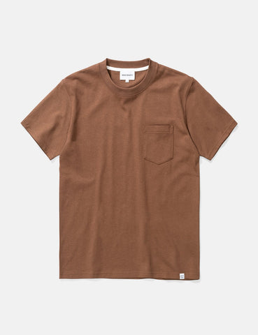Norse Projects Johannes Taschen-T-Shirt - Ente Brown