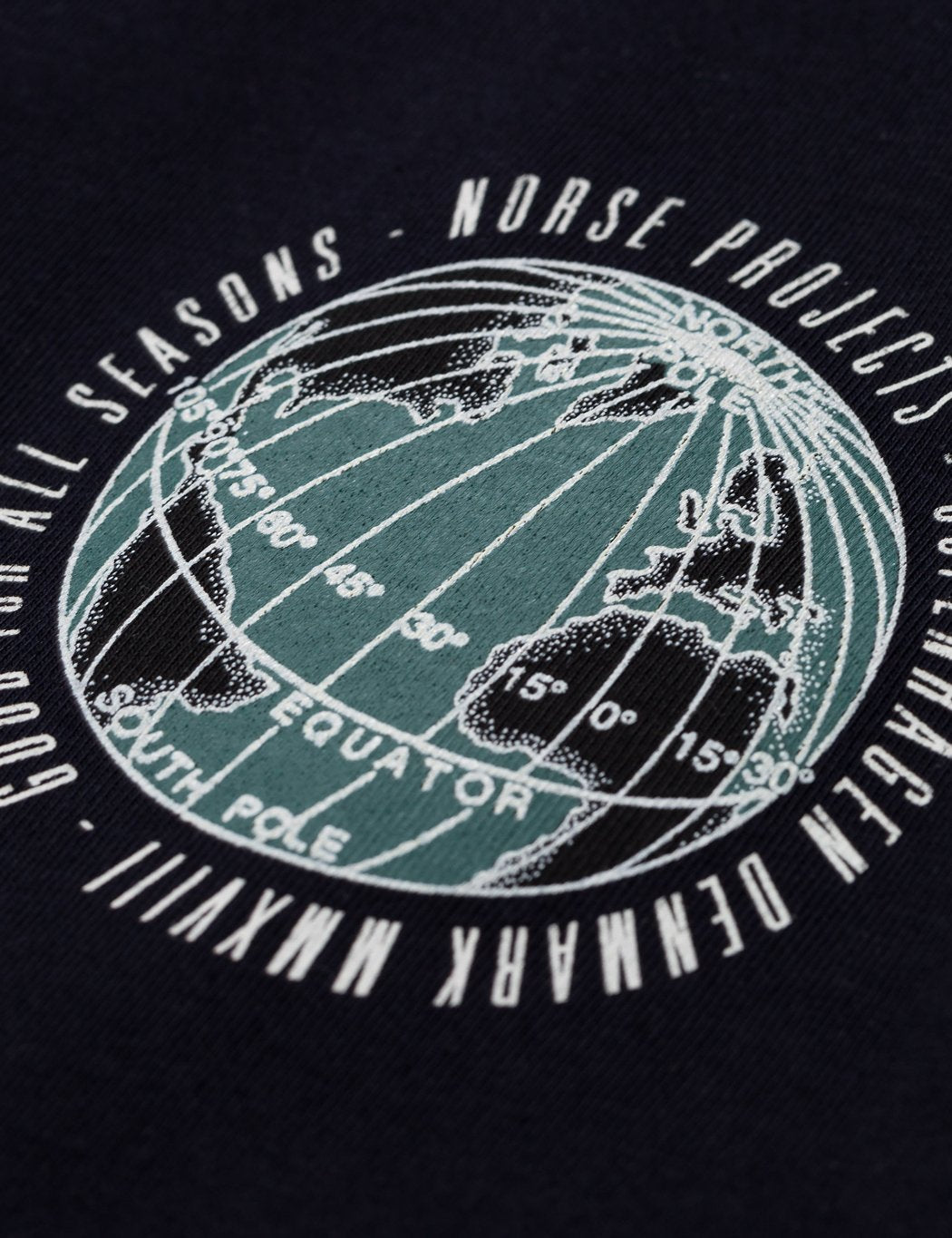 Norse Projects Niels Globe-Logo-T-Shirt - Dark Navy