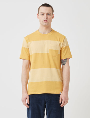 Norse Projects Johannes Block Streifen-T-Shirt - Sunwashed Gelb
