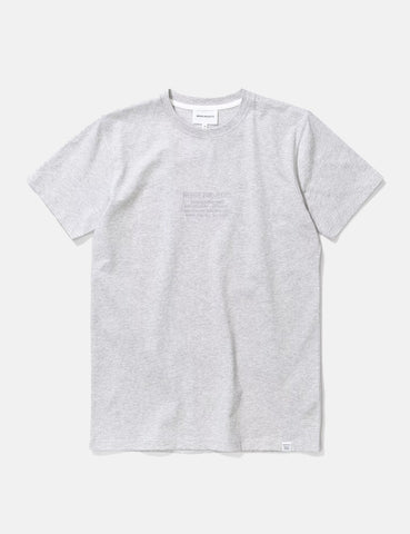 Norse Projects Niels-Center-Logo-T-Shirt - Hellgrau Melange