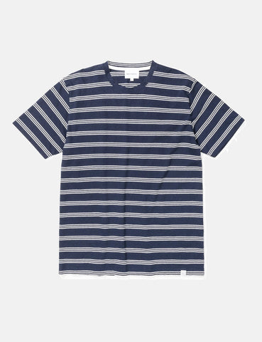Norse Projects Johannes Baumwolle Leinen Streifen-T-Shirt - Dark Navy