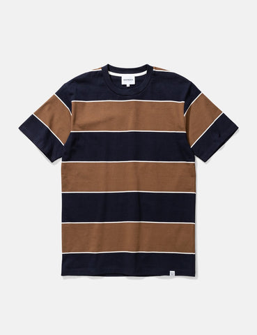 Norse Projects Johannes 3-Streifen-T-Shirt - Russet