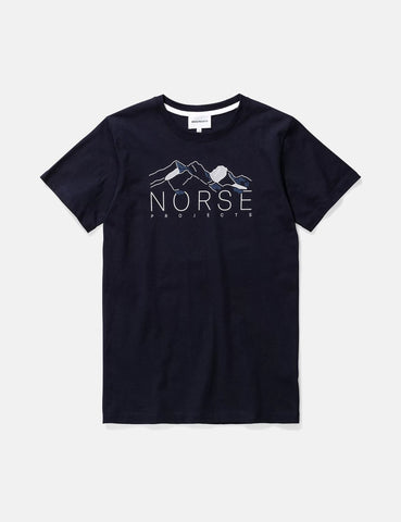 Norse Projects Niels Mountains T-Shirt - Dark Navy Blau