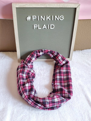 Pinking Plaid infinity toddler scarf