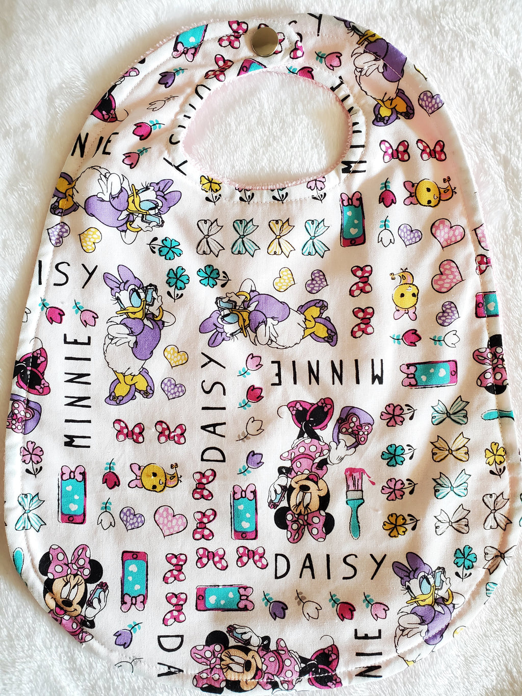 Minnies Bowtique Big bib