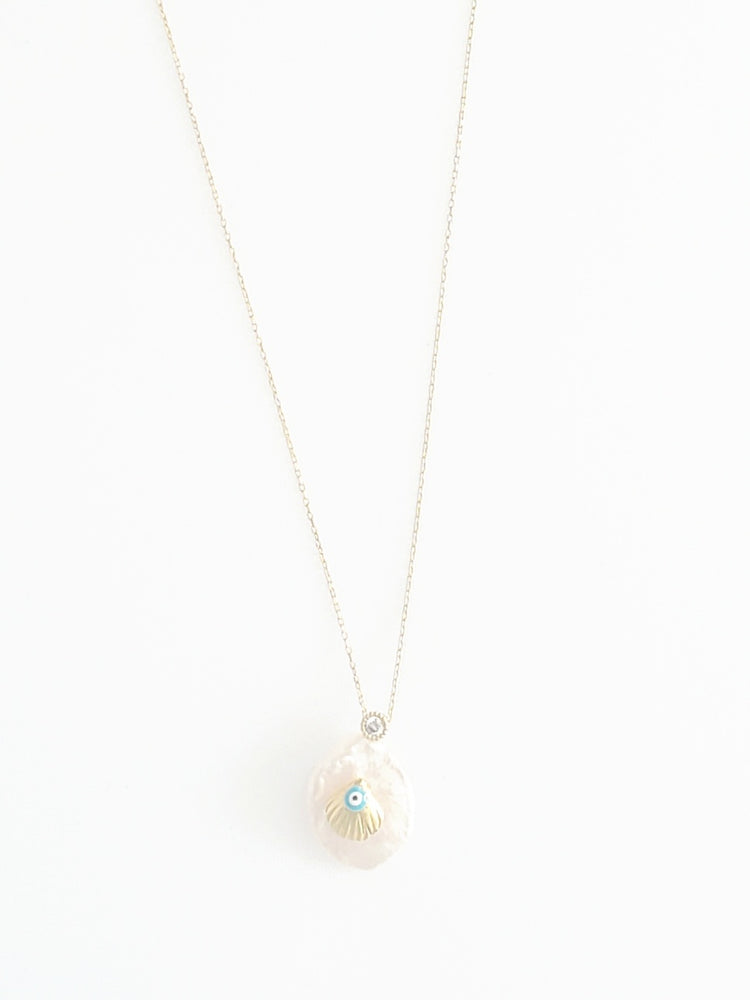 Pearl w/ Shell Dainty Necklace