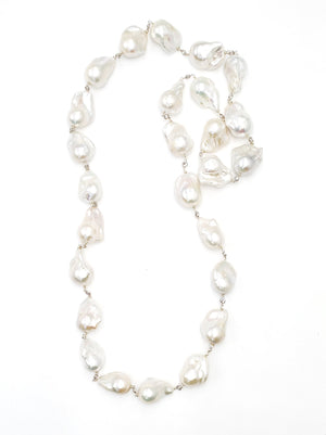 Load image into Gallery viewer, Long Baroque Pearl Necklace