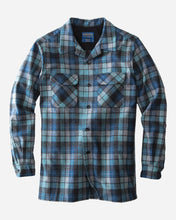 Load image into Gallery viewer, Pendleton Men Board shirt long sleeve button down blue surf plaid california surfers wool umatilla county oregon odor resistant stain resistant moisture wicking