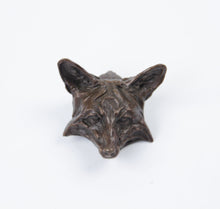 Load image into Gallery viewer, 2010 Prix de West collector's bolo red fox by richard loffler bronze