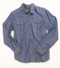 Load image into Gallery viewer, Pendleton woolen mills yuri denim shirt women classic dark wash button front top