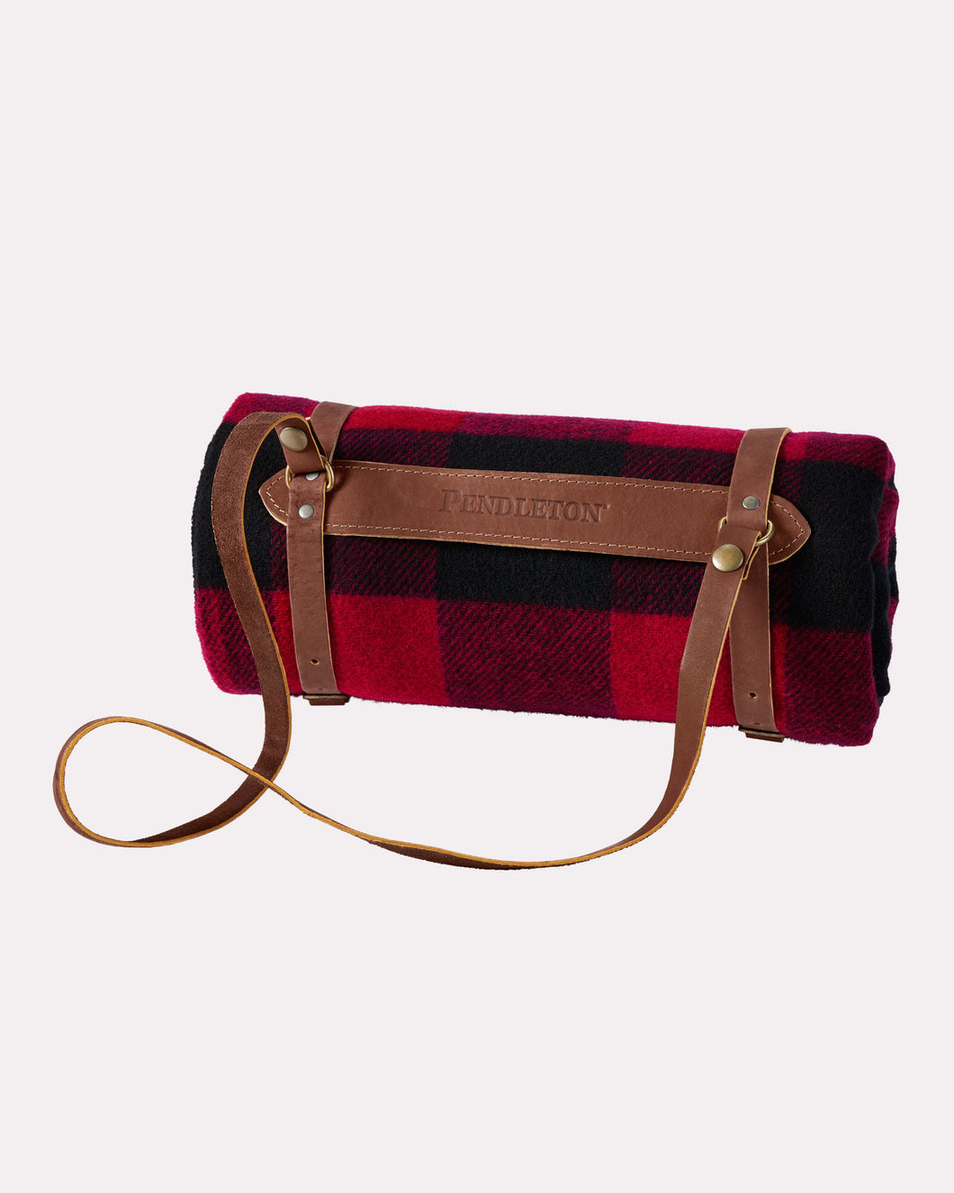 Rob Roy tartan Pendleton woolen mills american made blanket throw motor robe leather carrier gift christmas holiday warm car red black plaid