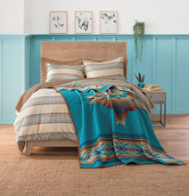 Load image into Gallery viewer, pendleton woolen mills pagosa springs blanket rob turquoise healing health peace wool warm usa made reversible bedding