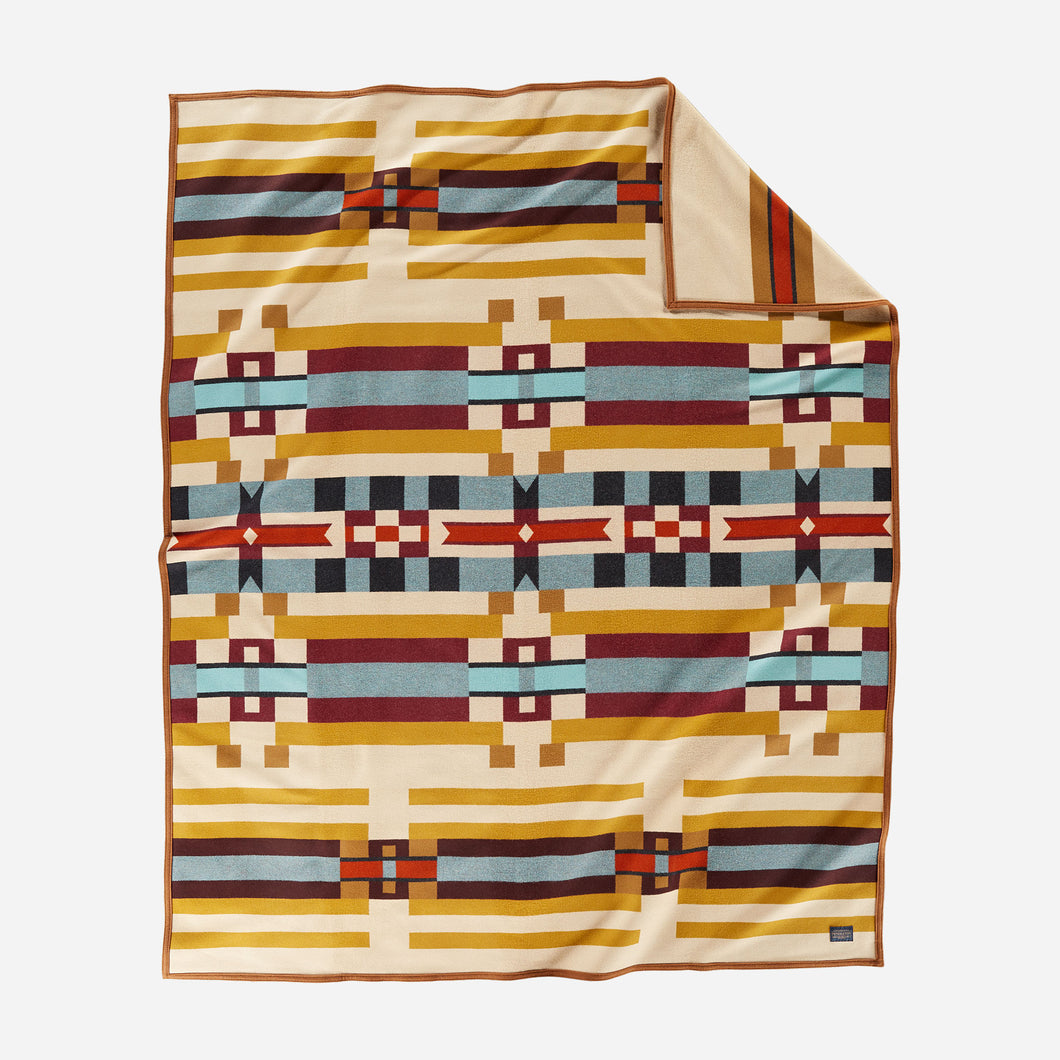 Pendleton Saddle Mountain Robe