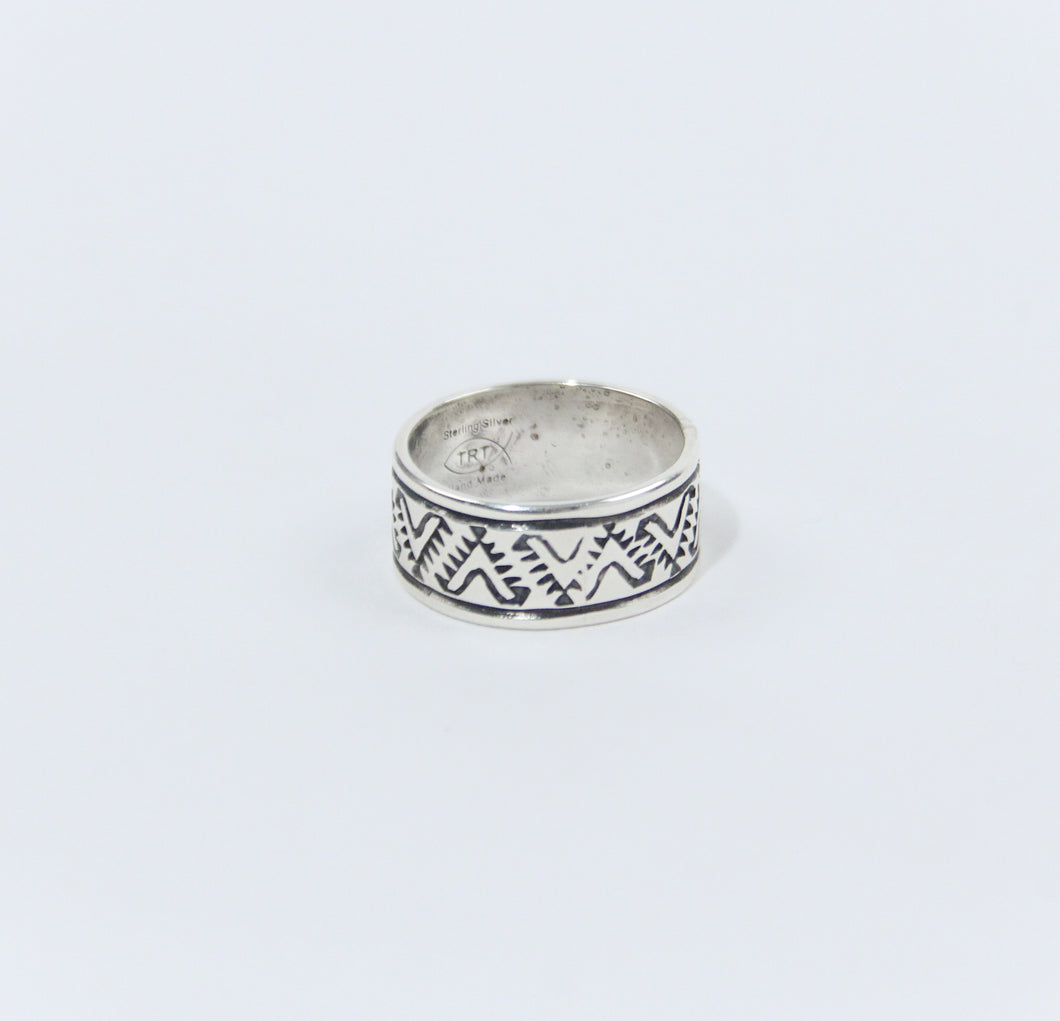 Teller Patterned Silver Ring