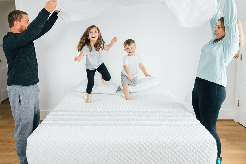 kids jumping on leesa hybrid mattress