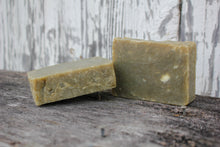 Load image into Gallery viewer, Cedar & Pine Soap - Artisian