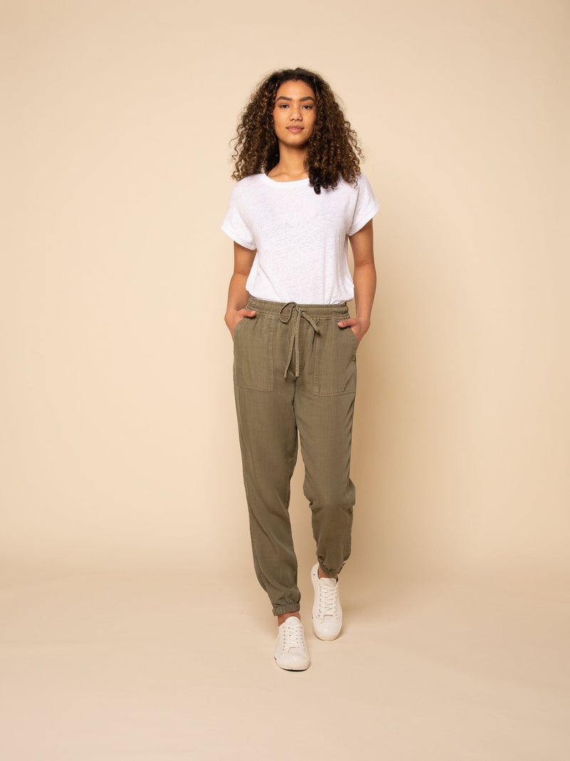 Paris Laundry Loungewear SERENA JOGGERS in Olive