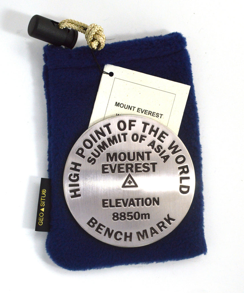 HIGHPOINT OF THE WORLD EVEREST Paperweight